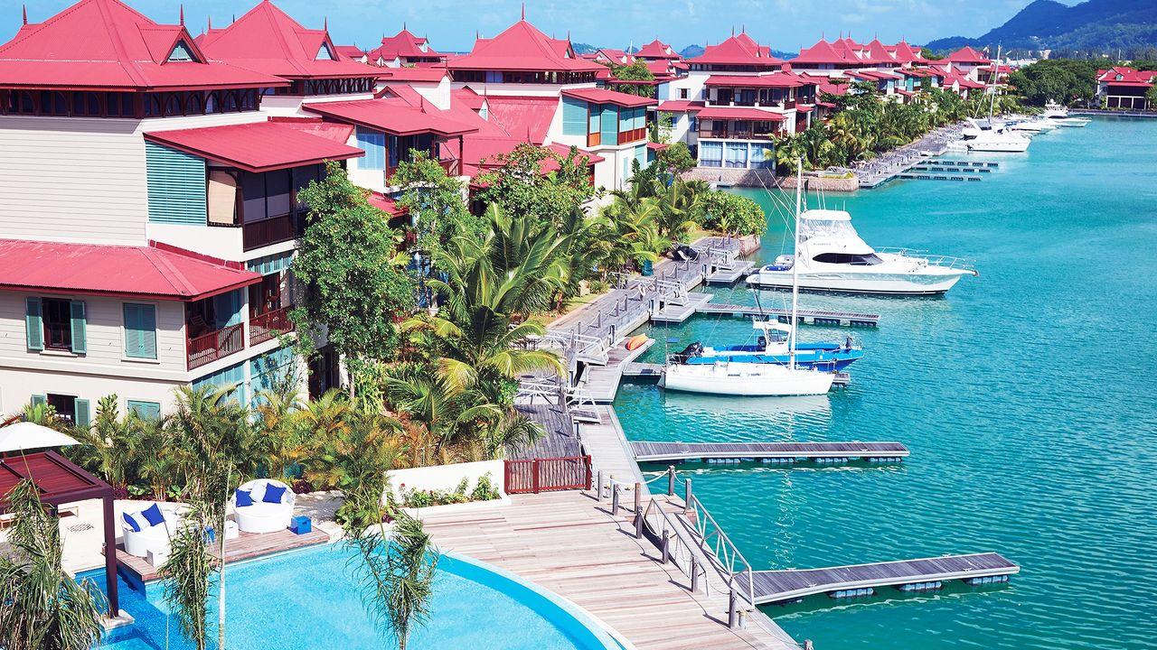 Le Relax Hotel and Restaurant - TripAdvisor