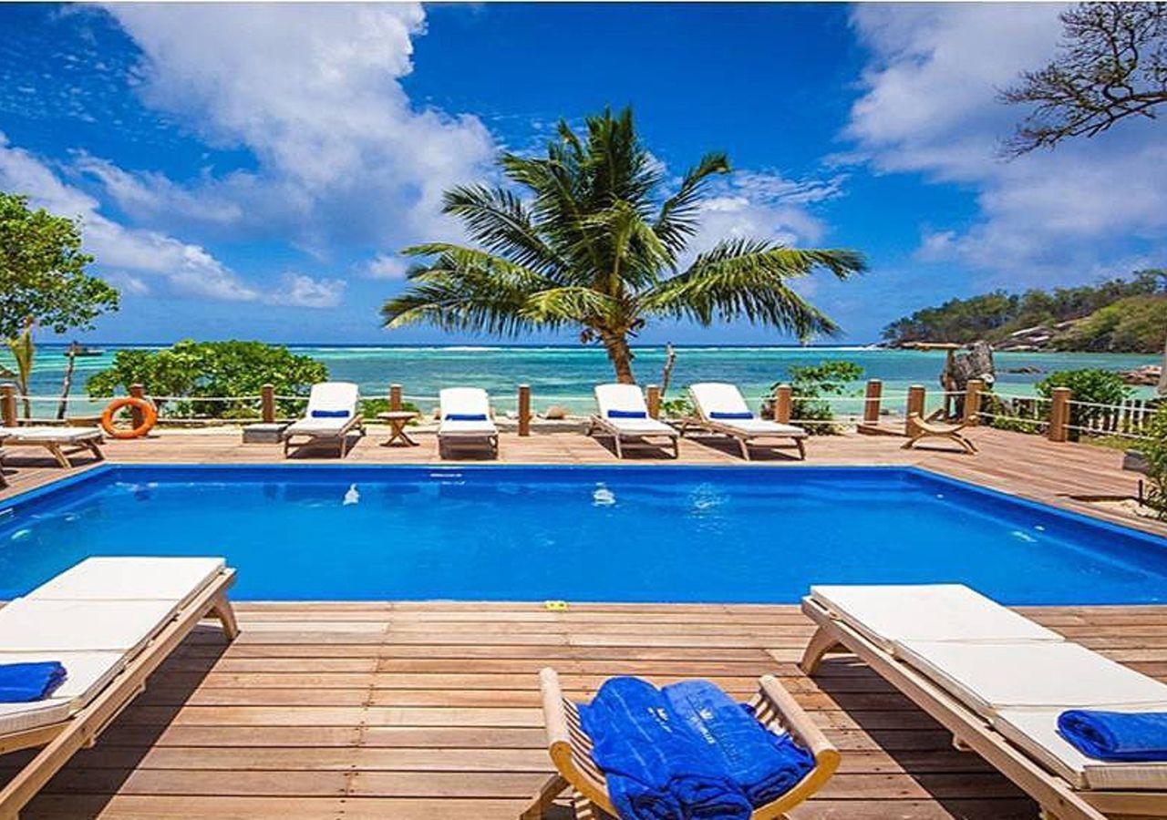 Crown Beach Hotel Mahe Island